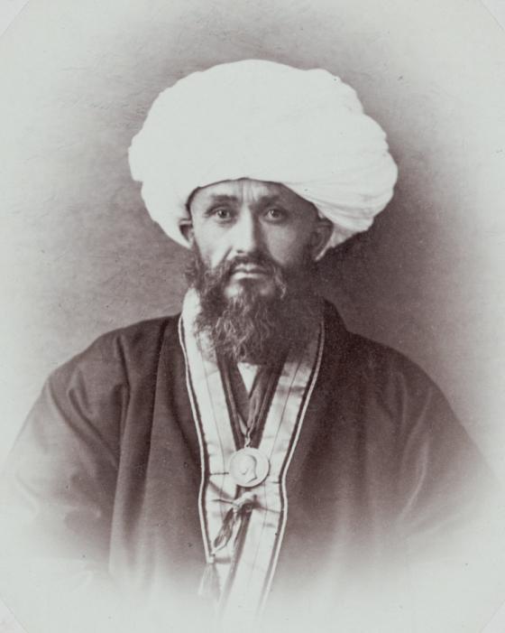 Махмуд Хан, ура-тюбинский казы (судья)